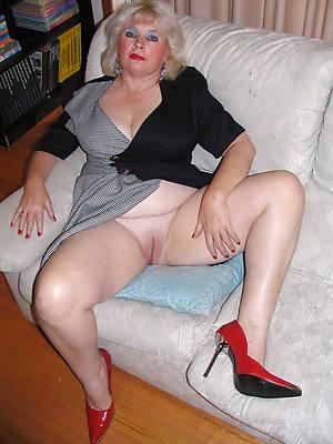 unconforming xxx mature chubby big tits