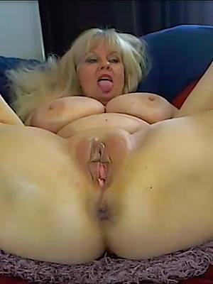 mature vulva homemadexxx