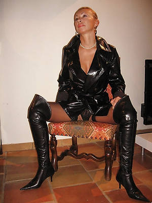 sexy mature in rubber posing