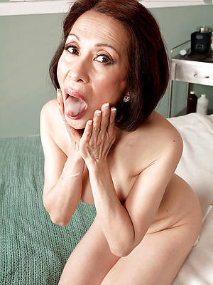 mature asian pornstar posing nude
