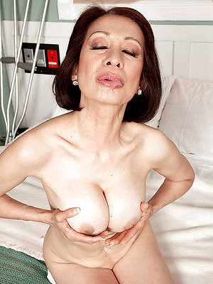 mature asian sluts nude pictures