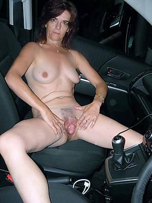 beauty fustigate mature woman nude pics