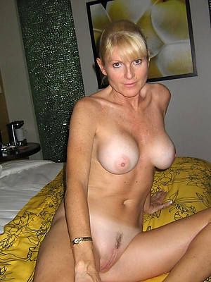 beauty mature porn pic download