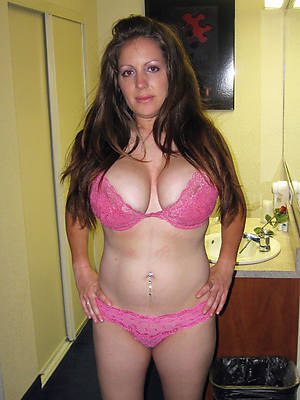 naked busty mature women porn pic download