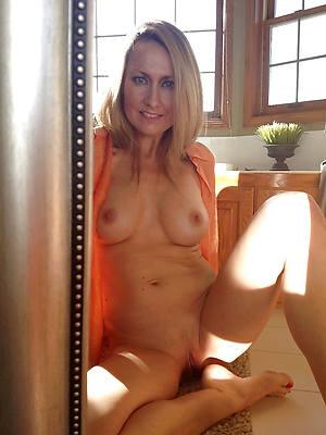 naked mature girl homemade xxx pics