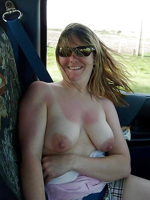unconforming xxx big natural mature boobs