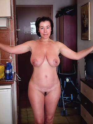 porn pics of mature housewives uk
