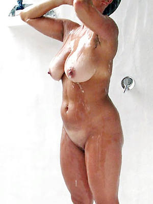 pornstar amateur mature women in the shower