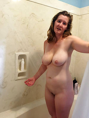 reality mature in shower porn pictures