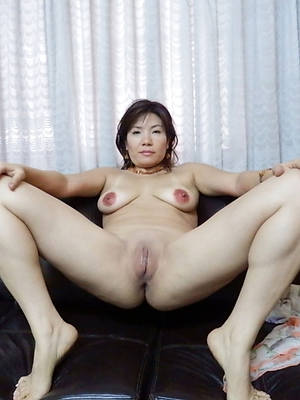 asian grown-up xxx old pussy
