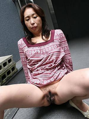 mature asian mom hot porn