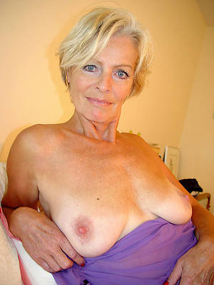 mature blondes venerable pussy pictures