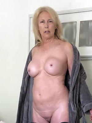 sweet nude sexy mature moms