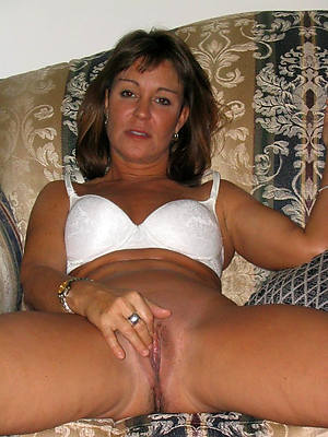lot one off colour mature moms pics