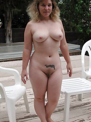 porn pics of sexy of age moms