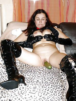 hot mature latex porn photos