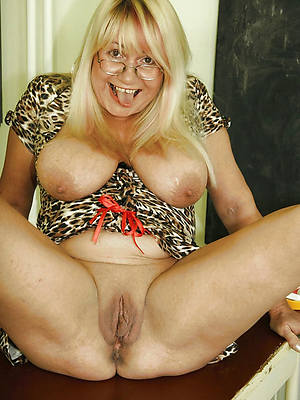 exclusively mature women hot porn