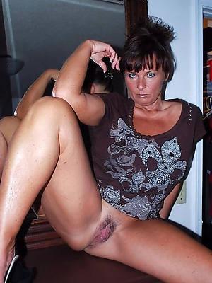 brunette mature milfs porn pic download