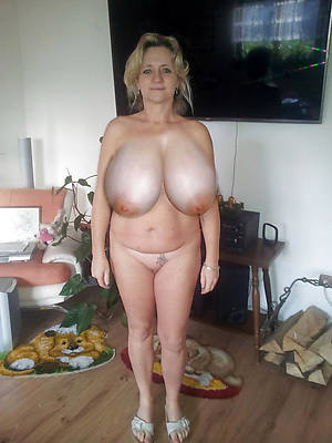appealing nude big tit mature thumbs