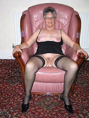 old mature starkers women big pussies