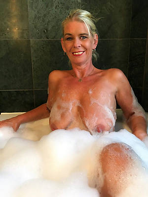 best grown up women ameture porn pics