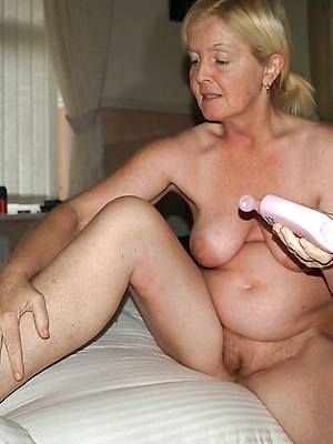 amateur matures chunky pussies