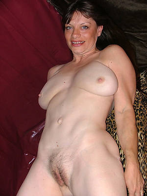 naked grown up amateur ladies pics