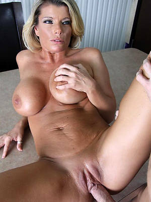 real mature moms porno pics
