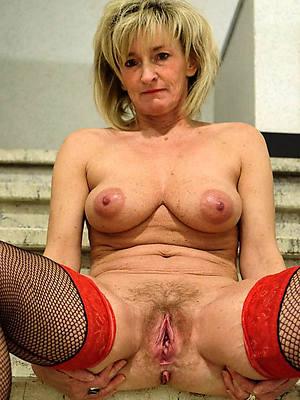 mature hot moms having sex