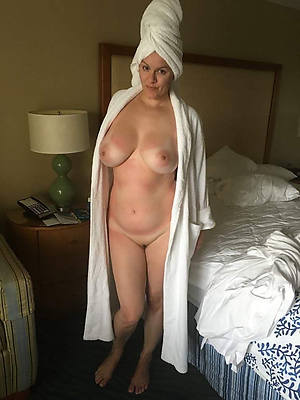 huge boobs mature porn pictures