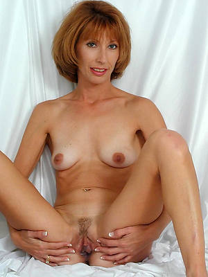 sweet nude mature redhead pussy pics