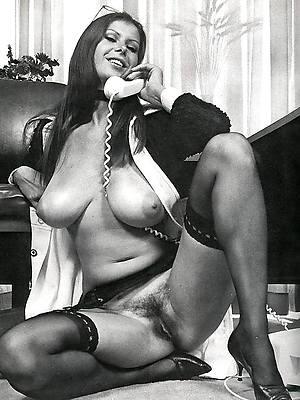 free porn pics of mature vintage Bristols