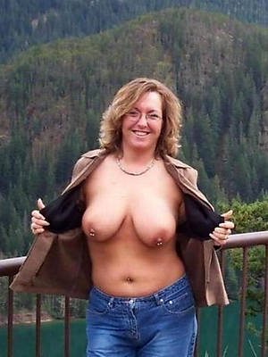 sexy women in close-fisted jeans hot porn photos