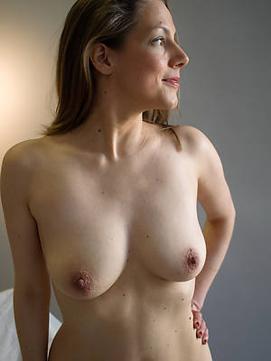 free porn pics of naked ladies over 40