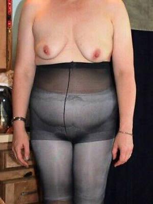 hot matures concerning pantyhose high def porn
