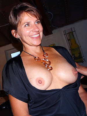 amateur long mature nipples porno pics