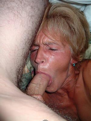 mature giving blowjob porn pic download