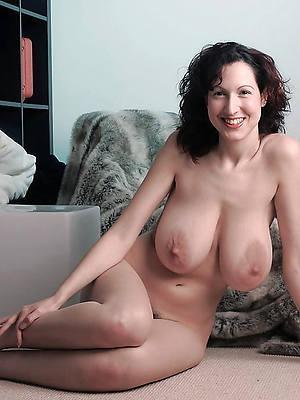 mature big saggy tits porno pics