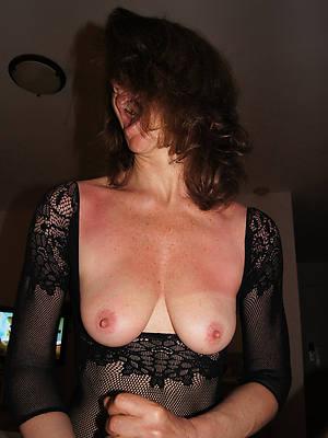 curvy women gargantuan handjobs pics