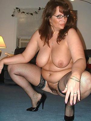 naked hot mature sexy women