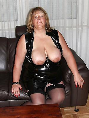 sexy women in latex residence pics