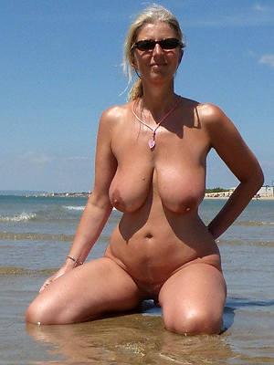 free pics of mature nude lakeshore