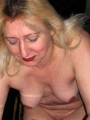 blonde matured sex pics