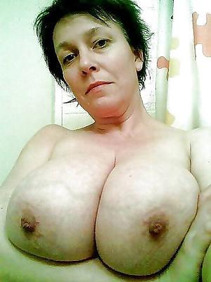 sexy naked mature reflect selfies