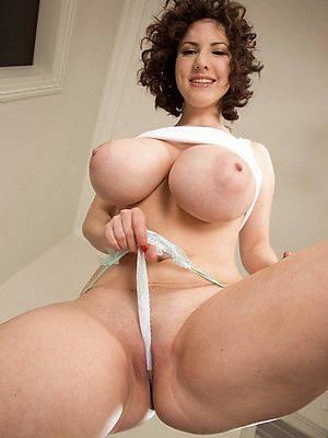 free porn pics of mature amateur big tits