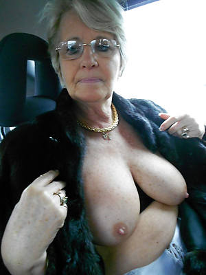 amateur adult boob pics