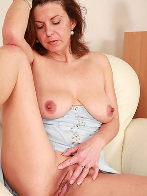 amateur grown-up cunt porno pictures