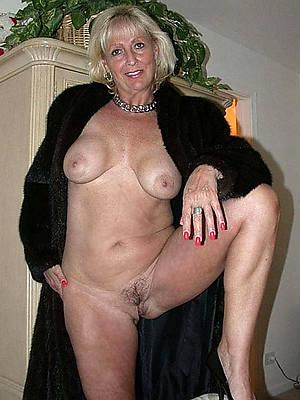 sexy essential mature white tits photos