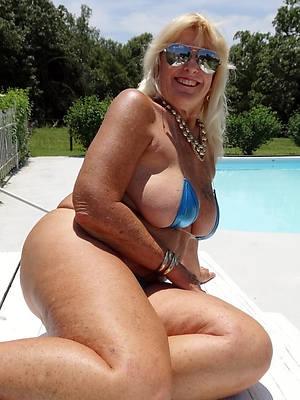 beautiful women near bikinis dirty sex pics