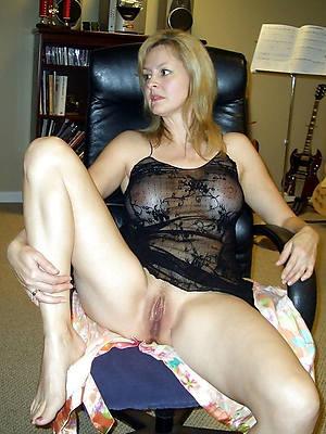 mature women amateurs porno pics